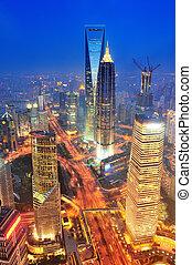 shanghai, aéreo, en, anochecer