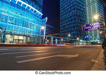 shanghai, financiero, calle, por la noche