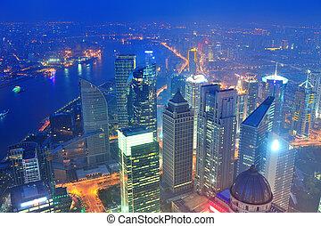 shanghai, luftaufnahmen, an, dämmerung