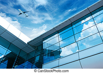 Shanghai Pudong Airport's aircraft - glass curtain wall and ...