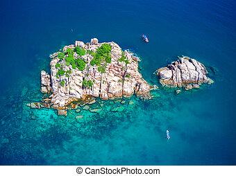 Shark island, koh Tao, Thailand
