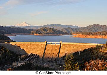 Shasta Lake Dam - Northern California