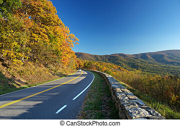 Shenandoah National park at the autumn