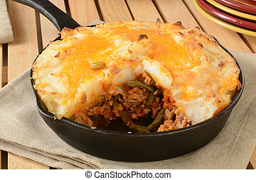 Shepherds pie in a cast iron skillet - Shepherds pie served ...