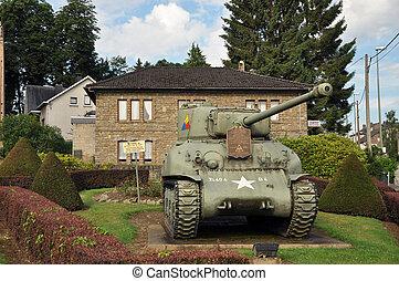 Sherman Tank Vielsalm - An Sherman M4A1 tank left by the US ...