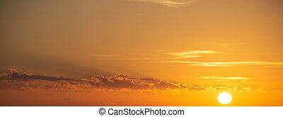 shining sun at dusk