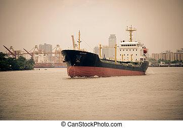 ship gas