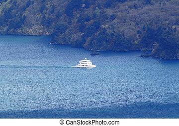 ship in lake Towada
