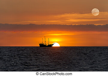 Ship Silhouette Sunset - Ship silhouette sunset is an old...