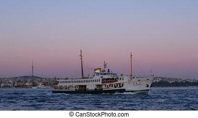 Ship sunset city sea - Skyline and river evening light ship