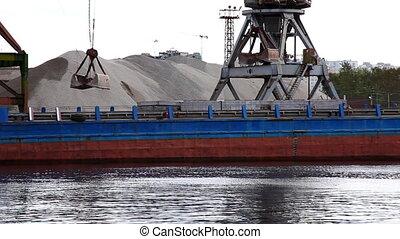 shipboard crane loaded sand