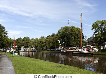 ships in the centre of leeuwarden