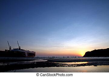 Shipyard sea in the evening.