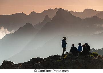 shira, hoogvlakte, trekkers, kilimanjaro