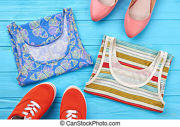 shoes., 対, 多色刷り, tシャツ