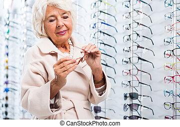 shoppen, in, optiker, kaufmannsladen