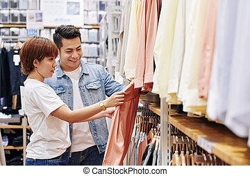 shopping, coppia, vestiti