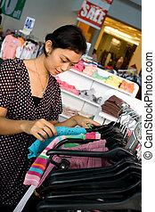 shopping mulher, jovem, venda