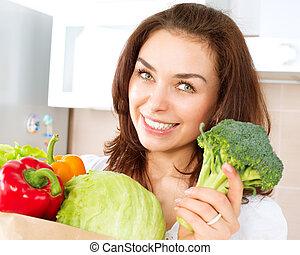 shopping mulher, legumes, jovem, saco, feliz
