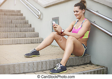 Short text message and I am back to jogging