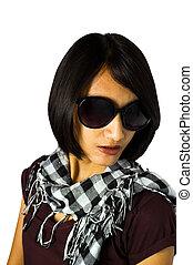 shortinho, cabelo preto, mulher asian