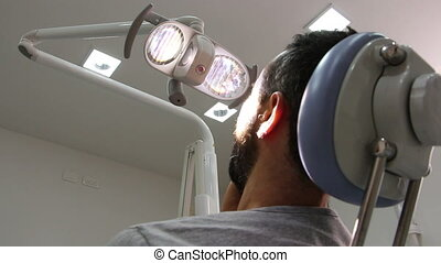 Teeth pain at the dentist