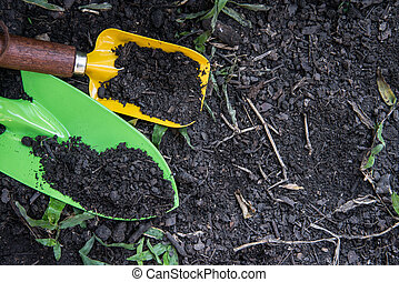 Shovel spoons digging soil