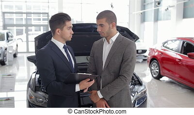 Showing the advantages of the car