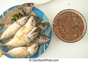 Shrimp paste with fried mackerel