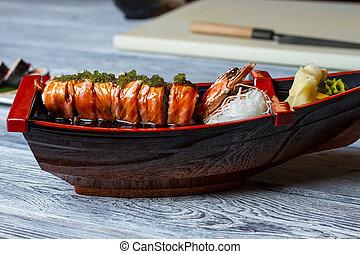 shrimp., sushi, barca