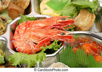 Shrimp tray detail