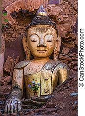 Shwe Inn Dein Pagoda Inle Lake Shan state Myanmar