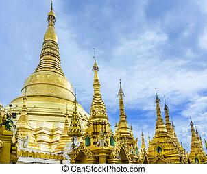 Shwedagon Paya pagoda Myanmer famous sacred place and...