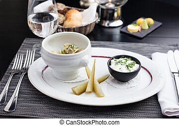 Siberian dumplings with sour cream