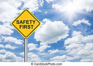 sicherheit zuerst, zeichen, auf, blauer himmel
