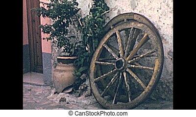 Sicilian cart of Castellammare del Golfo - wheels of a...
