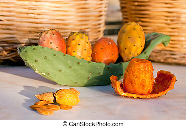 Sicilian peeled prickly pear - Fresh sicilian peeled prickly...