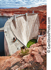 Side view of the Glen Dam in Page, Arizona
