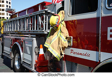 Sideview of Firetruck - firetruck side view with gear and ...