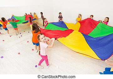sie, fallschirm, spiel, freundinnen, spielende , glücklich