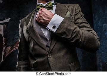 sien, élégant, mur, habillé, textured, jeune, contre, arc, sombre, élégant, complet, cravate, correct, homme