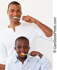 sien, brossant dents, leur, père, fils