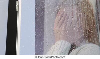 sien, derrière, figure, fenêtre verre, mains, gouttes pluie, girl, triste, fermer