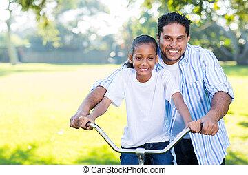sien, fille, cavalcade, père, portion, vélo