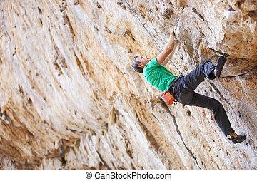 sien, jeune, haut, manière, rocher, lutter, alpiniste mâle