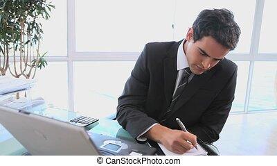 sien, notes, quoique, regarder, homme, prendre, informatique