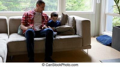 sien, numérique, utilisation, père, tablette, fils, 4k