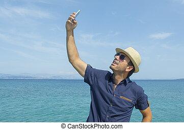 sien, prendre, téléphone, plage, selfie, intelligent, homme