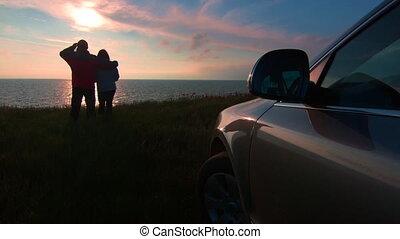 sien, regarder, voiture, couple, côte, coucher soleil, mer