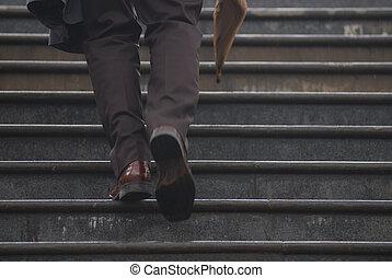 sien, umbrela, cadre affaires, haut, main, escalier grimpeur